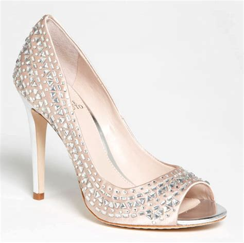 Sparkly Bridal Shoes for Holiday Weddings!   Junebug Weddings