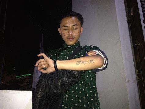 ferry hidayat program hapus tato gratis laris manis di bandung