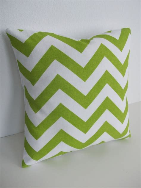 Reader Tip Add A Splash Of Lime To Your Water by 25 Best Ideas About Green Chevron On Mint