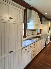 cleaning white kitchen cabinets are white kitchen cabinets hard to keep clean sundeleaf