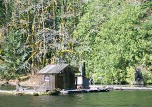 float cabins on powell lake