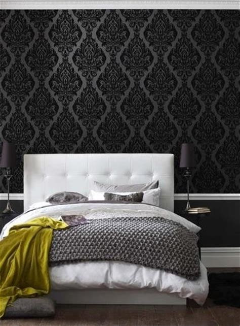 black pattern wallpaper bedroom tapeta w sypialni kokopelia design kokopelia design