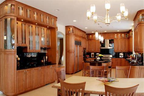 chicago kitchen cabinets chicago kitchen cabinets maple frameless yelp
