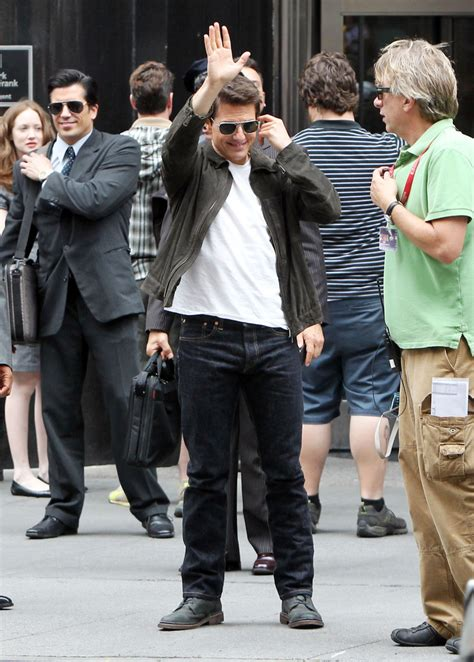 Tom Cruise Attacks Nyc by Tom Cruise Oblivion In Nyc Zimbio