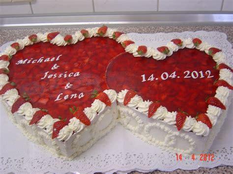 Hochzeitstorte Herz Erdbeeren by Erdbeer Hochzeitstorte Kann Die Erdbeeren