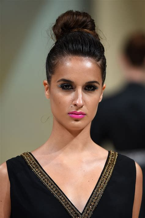 girls with shape up haircut long face shape best suitable hairstyle ideas for ladies