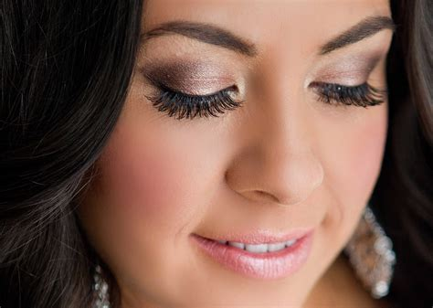30 STUNNING BRIDAL MAKEUP INSPIRATION FOR THE PERFECT LOOK