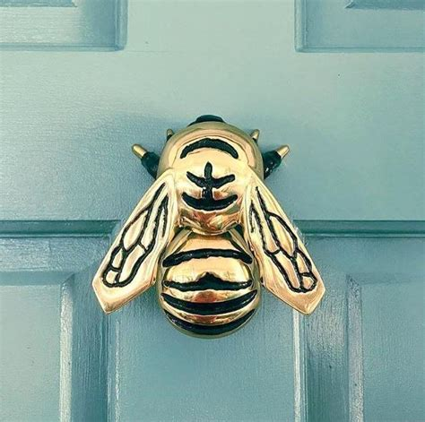 Bee Door Knocker by Bumblebee Door Knocker By Michael Healy Brass