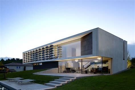 house p chipster blister house aum pierre minassian archdaily