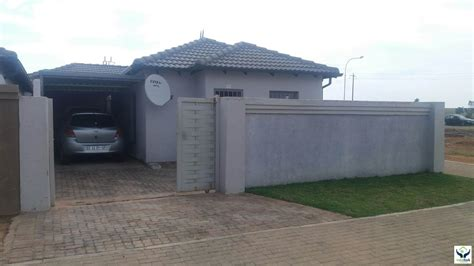 Saleeee New Ready 409 1 house for sale in clayville ext 45 midrand for r 580 000 1078041