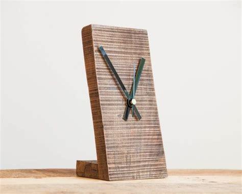 wooden desk clock plans 25 best ideas about pallet clock on diy clock