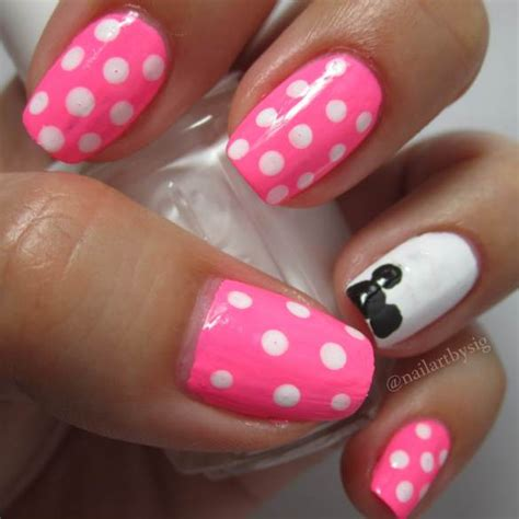 tutorial nail art minnie minnie mouse inspired nail art tutorial by sig