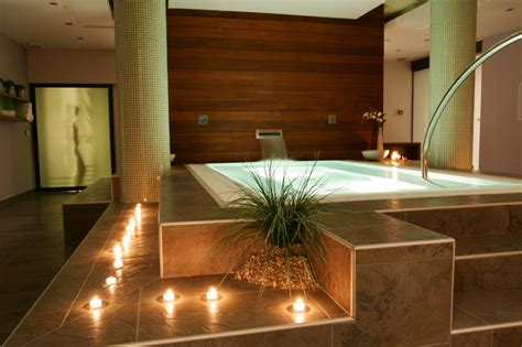 Spa Bathroom Design Pictures by 5 Bathroom Trends Ultimate Spa Livingspacebuilders Com Blog
