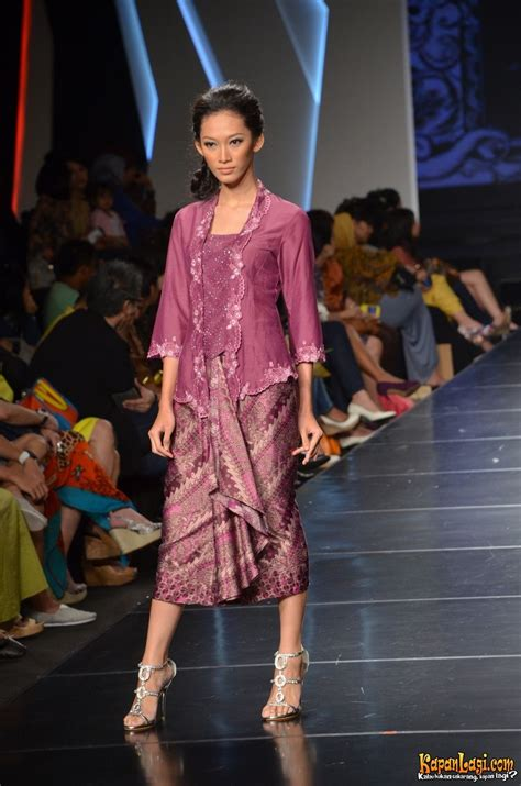 Set Kebaya Encim Lengan 3 4 mau yang begini ifw 2012 alif v2 batik kebaya