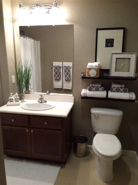 bathroom color ideas pinterest 1000 ideas about small bathroom decorating on pinterest