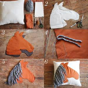 Horse shaped pillow diy