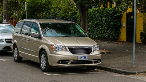 voyager chrysler chrysler grand voyager review caradvice