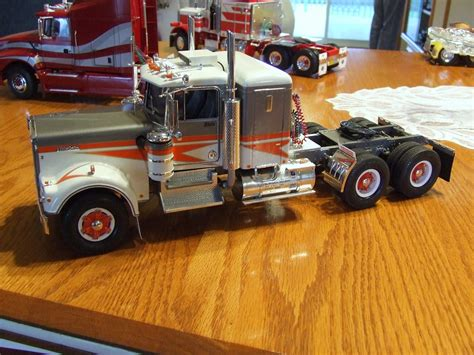 new model kenworth trucks image gallery new mack truck models