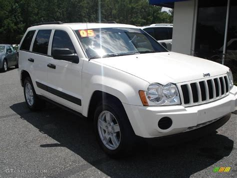 white jeep grand 2005 white jeep grand laredo 13893939