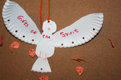 fruit of the spirit crafts for crafty monday pentecost fruit of the spirit lapbook