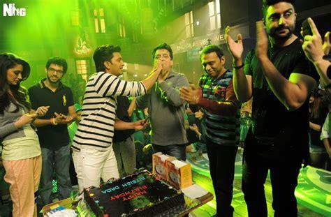 house full 3 riteish deshmukh s birthday celebration on the sets of