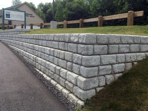 Retaining Wall Manufacturers Redi Rock Of Central Maine Maine Retaining Wall Block