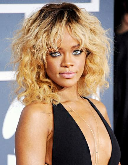 rolling hair styles rihanna s hottest long hairstyles through the years