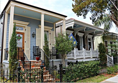 new orleans colorful houses uptown new orleans neighborhoods where you will find a
