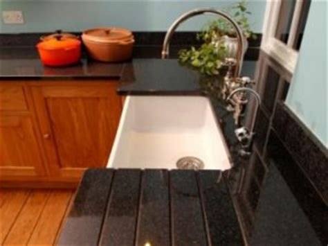 How To Clean Kitchen Worktops by How To Clean Granite Kitchen Worktops Cleaning