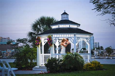 Red, Tropical Waterfront Tampa Wedding ? Davis Islands