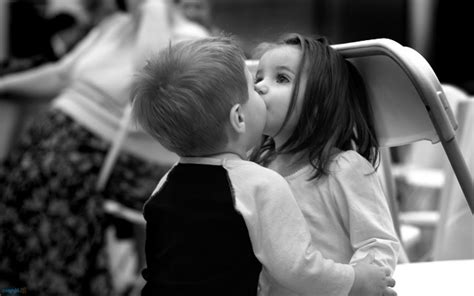 black and white kiss wallpaper daily inspiration july 17
