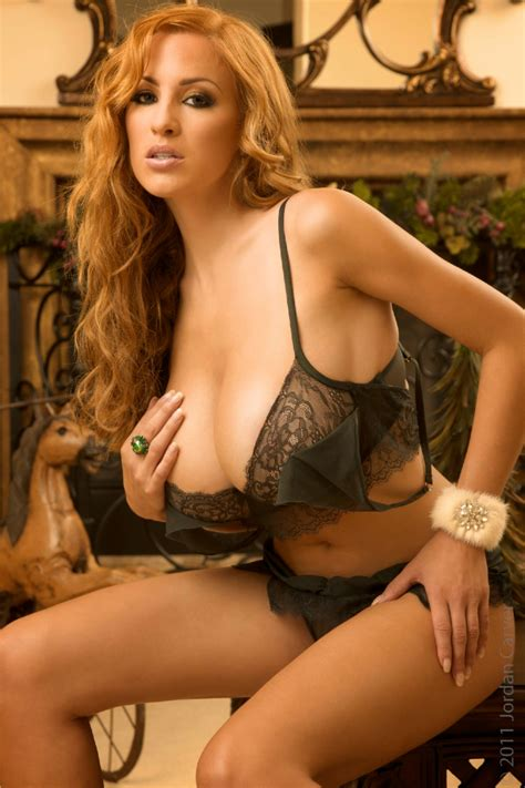 jordan carver major cleavage picx jordan carver bikini photos