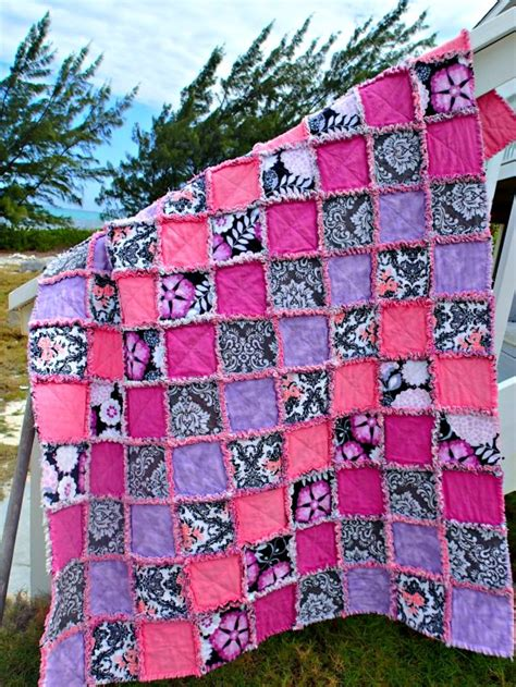 How To Design A Quilt by How To Make A Rag Quilt So Sew Easy
