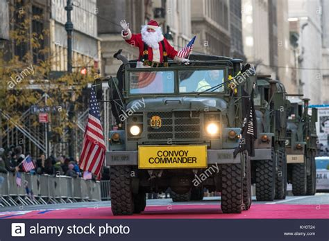 santa claus usa army usa army vehicles stock photos usa army vehicles stock images alamy