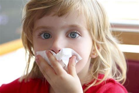 acari materasso sintomi l allergia agli acari della polvere bambino