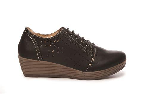 womens low wedge heel casual comfort office work