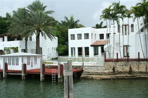 celebrity house tours miami miami boat tours fl address phone number attraction