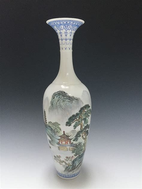 Antiques From China Auction by Jingdezheng Famille Vase