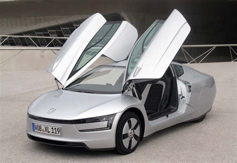 Vw 1l Auto 2013 by Volkswagen Xl1 World S Most Efficient Car Makes Its Us