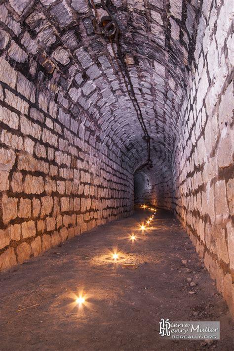 souterrain definition tunnel du souterrain du fort du trou d enfer 233 clair 233 224 la