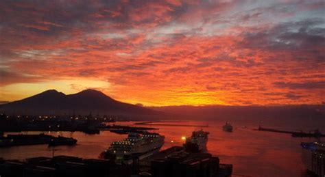 napoli alba buongiorno napoli l alba al porto 1 di 1 napoli