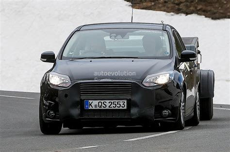 ford focus facelift 2014 wann spyshots 2014 ford focus facelift autoevolution