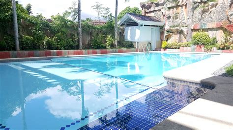 4 bedroom house with pool for rent house with swimming pool for rent in maria luisa estate park