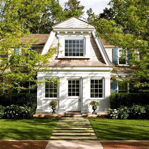 gambrel roof homes 169 best gambrel design images on pinterest exterior
