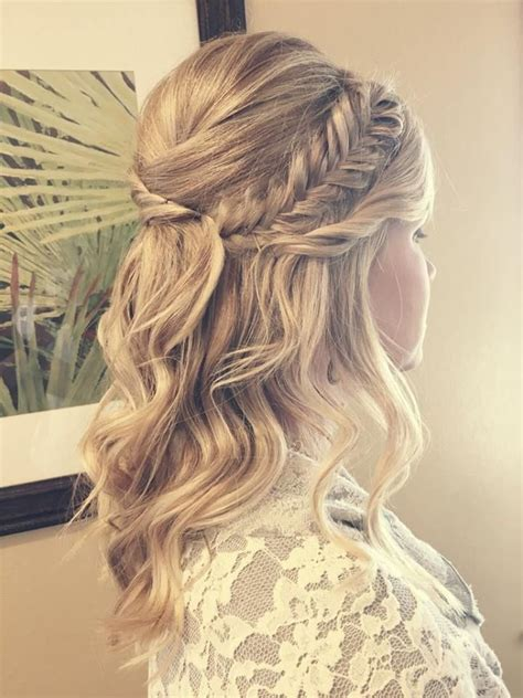 Bridal Hair Half Updo by Best 25 Bridal Fishtail Braid Ideas On