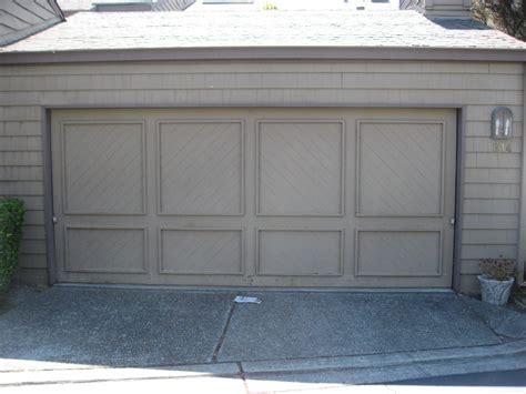 Crown Garage Doors by Crown Harbor Hoa Garage Door Colors