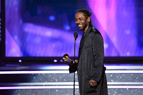kendrick lamar awards kendrick lamar wins four grammy awards but not album of