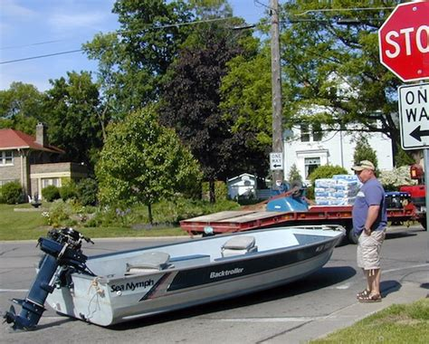 boat launch trailer you re doing it wrong boat launch edition page 2