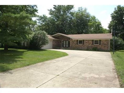 houses for sale greenfield indiana 310 hickory dr greenfield indiana 46140 reo home details foreclosure homes free