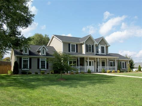 5 bedroom home for sale near bristol country club in